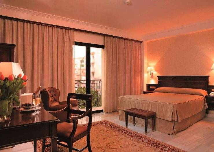 Double room for 2 adults and 1 child continental hotel palma de mallorca